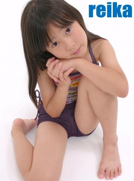 少女画像館 エンジェルfile 『reika 小2 デジタル写真集 Vol.02』 表紙画像